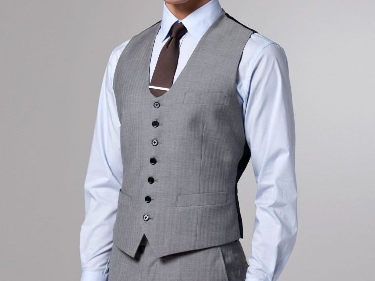 Essential Gray Herringbone Three-Piece Suit 4