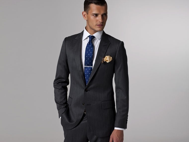 Vincero Dark Gray Herringbone Suit 1